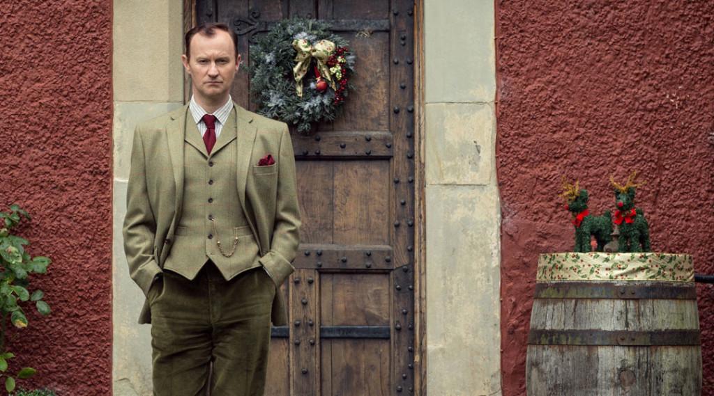 sherlock-mycroft-holmes-season-3